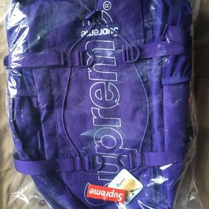 Supreme FW18 Backpack (purple)